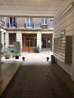 #EXCLUSIVITE# - 2 pièces, Parquet, Moulures, Cheminées A RAFRAICHIR